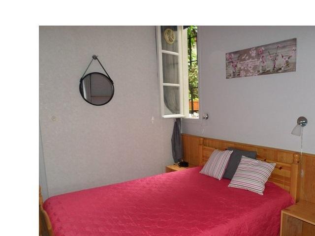 Chambre : lit 140 x 190